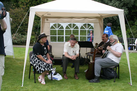 The Chartroom II Ceilidh Band played to entertain the garden visitors